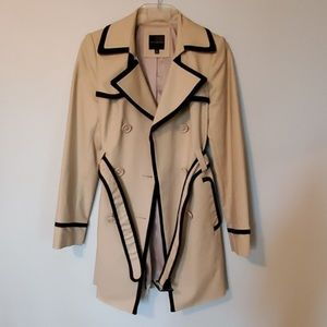 The Limited trench coat szS
